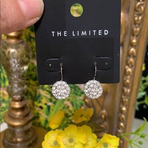 The limited Beautiful earring